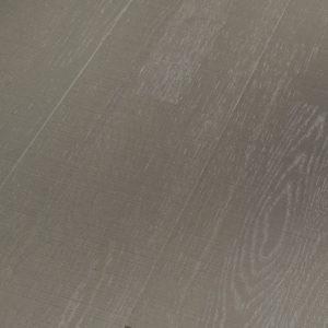 Roble gris estructura aserrada