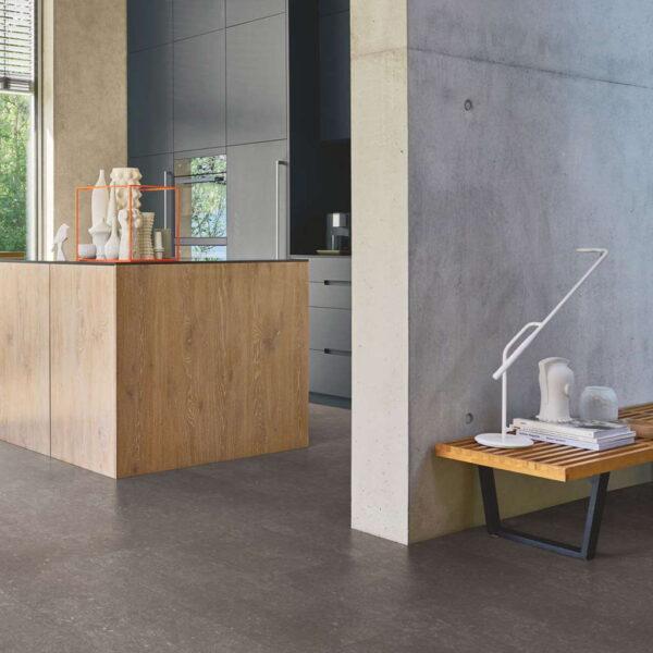 Granito Gris Perla - Vinílico Parador Modular ONE Baldosa Grande ambiente cocina
