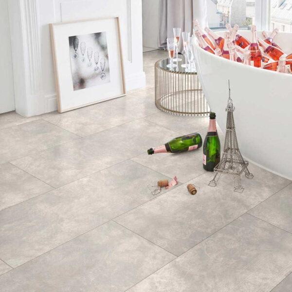 Cemento Ornament Gris Claro - Vinílico Parador Modular ONE Baldosa Grande ambiente baño
