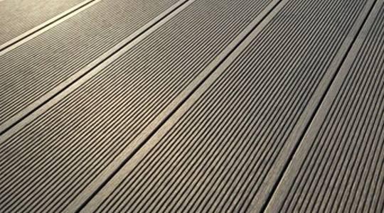 Tarima Exterior Composite Antideslizante