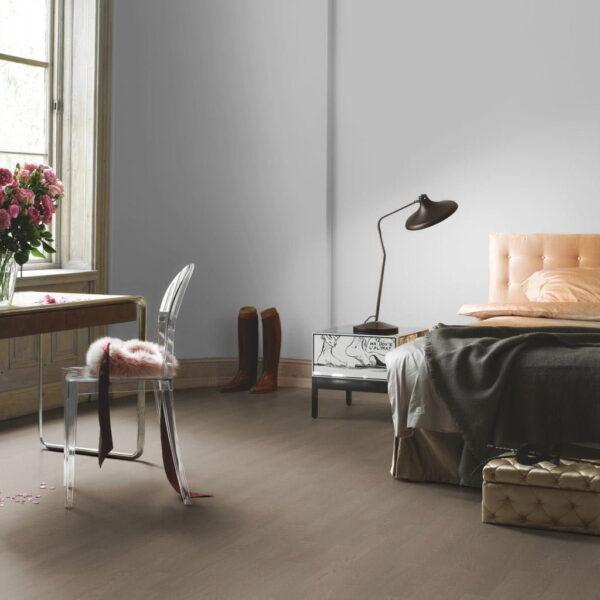 Roble Espiga Castle - Madera Multicapa Parador Trendtime 3 ambiente dormitorio
