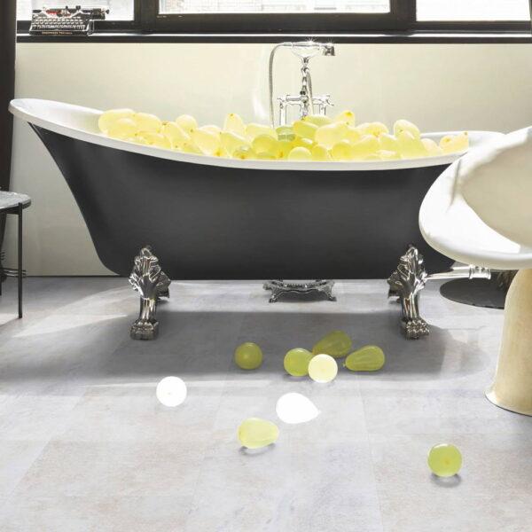 Dolomita Blanco - Vinílico SPC Parador Trendtime 5 Baldosa Grande ambiente baño